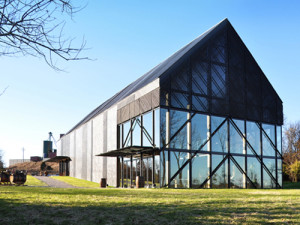 Wild Turkey Visitor Center in Lawrenceburg, Kentucky (photo: De Leon and Primmer Architecture Workshop)